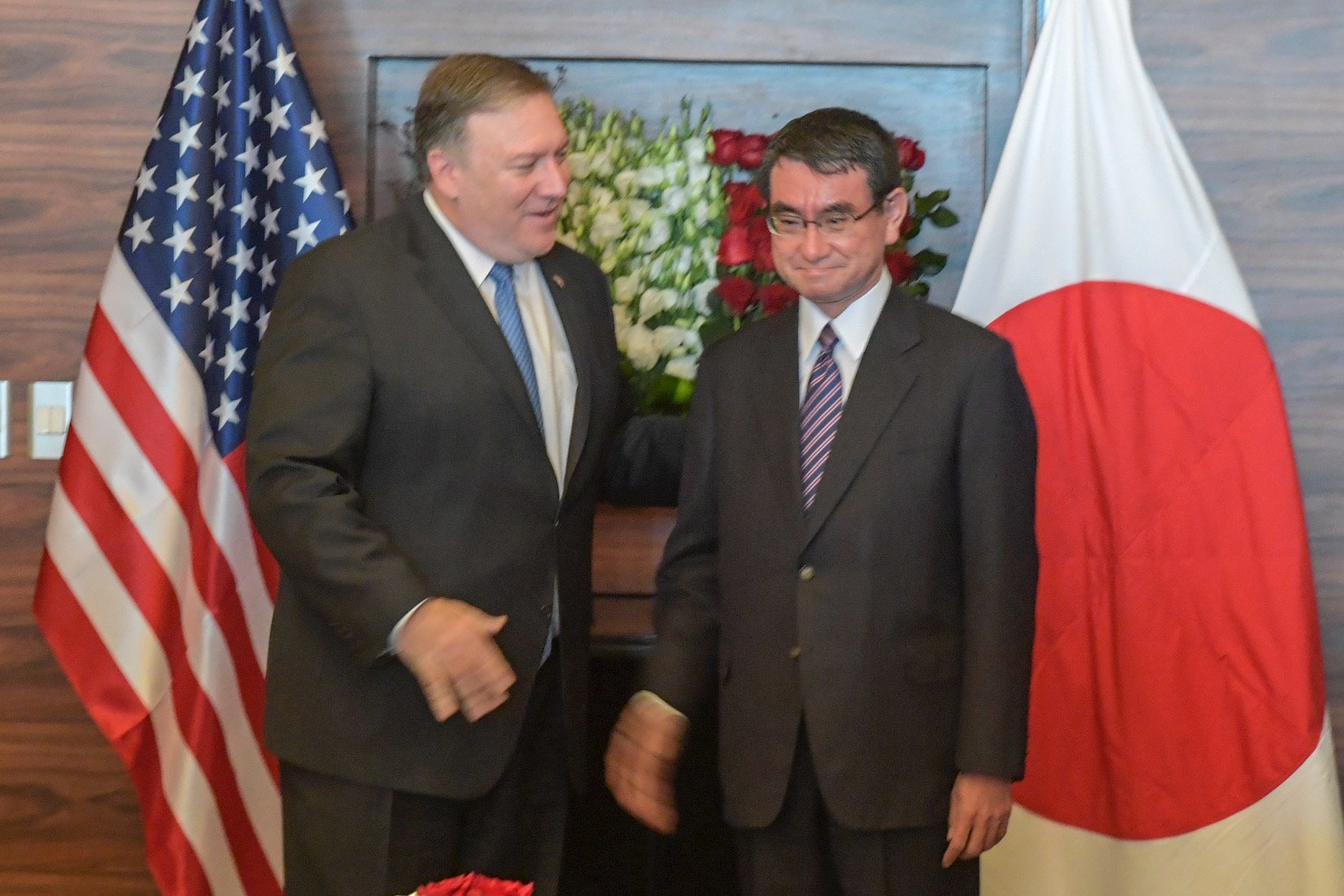 Secretary of State Mike Pompeo met with Japanese Foreign Minister @konotaromp in Amman, #Jordan today. https://t.co/AIySVRUZQb