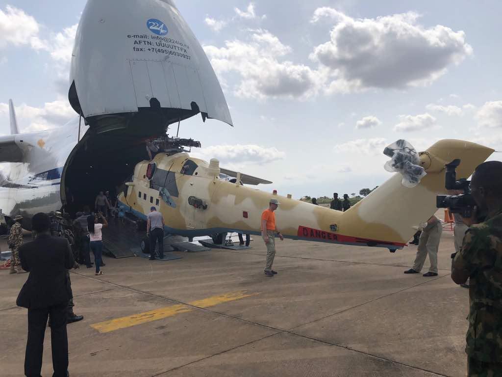 روسيا ستورد 10 مروحيات Mi-35M الى نيجيريا في العام 2018  DcC-5zoW0AcMb3_