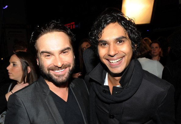 Happy birthday and  Johnny Galecki  !!