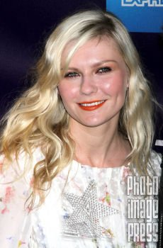 Happy Birthday Wishes to this Lovely Lady Kirsten Dunst!
