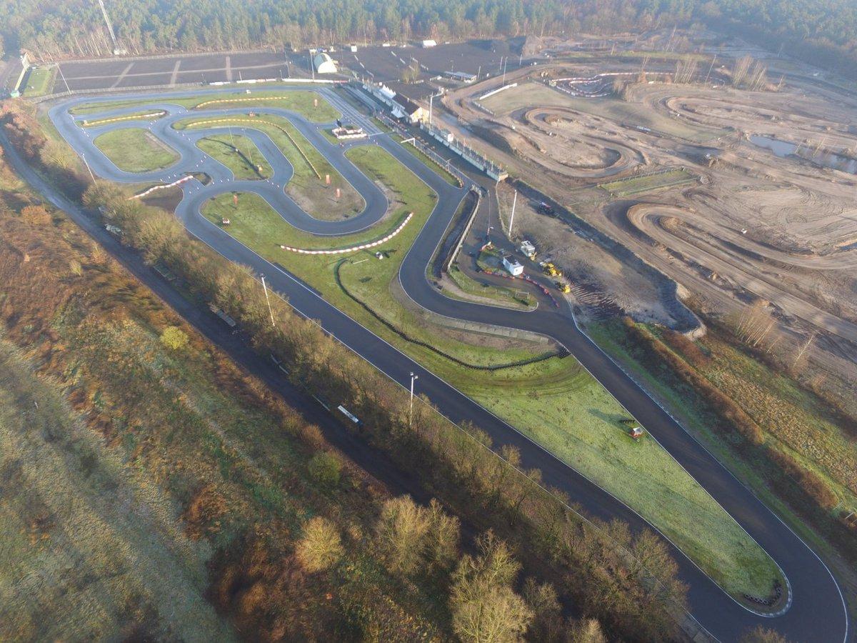 Circuit Park Berghem בטוויטר Met 1300 Meter Zijn Wij Het Langste Outdoor Circuit Van Nederland Nu De Zomer In Aantocht Is Ligt Het Circuit Er Extra Lekker Bij Wanneer Zien We Jullie