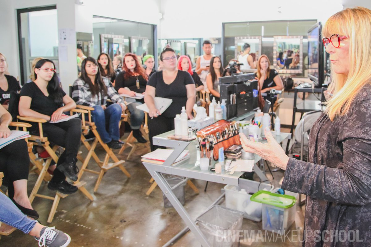 Cinema Makeup School على تويتر Happy