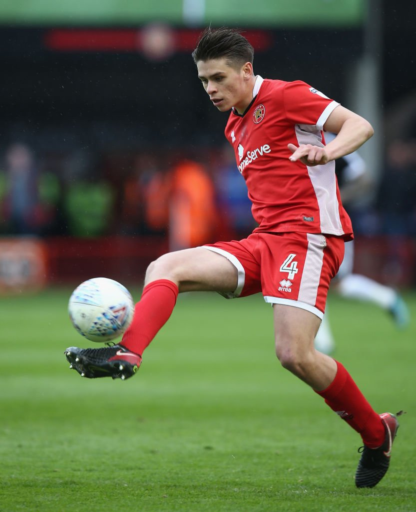 NOW: The 72 on @talkSPORT2 ⚽️ Scores first goal of the season 👏 Seals his sides @SkyBetLeagueOne status Join @Windle22radio, @chris_iwelumo & @TheMakeleleRole at 8:15pm as they speak to @WFCOfficial midfielder @georgedobson97 📻 tlks.pt/2ListenLive