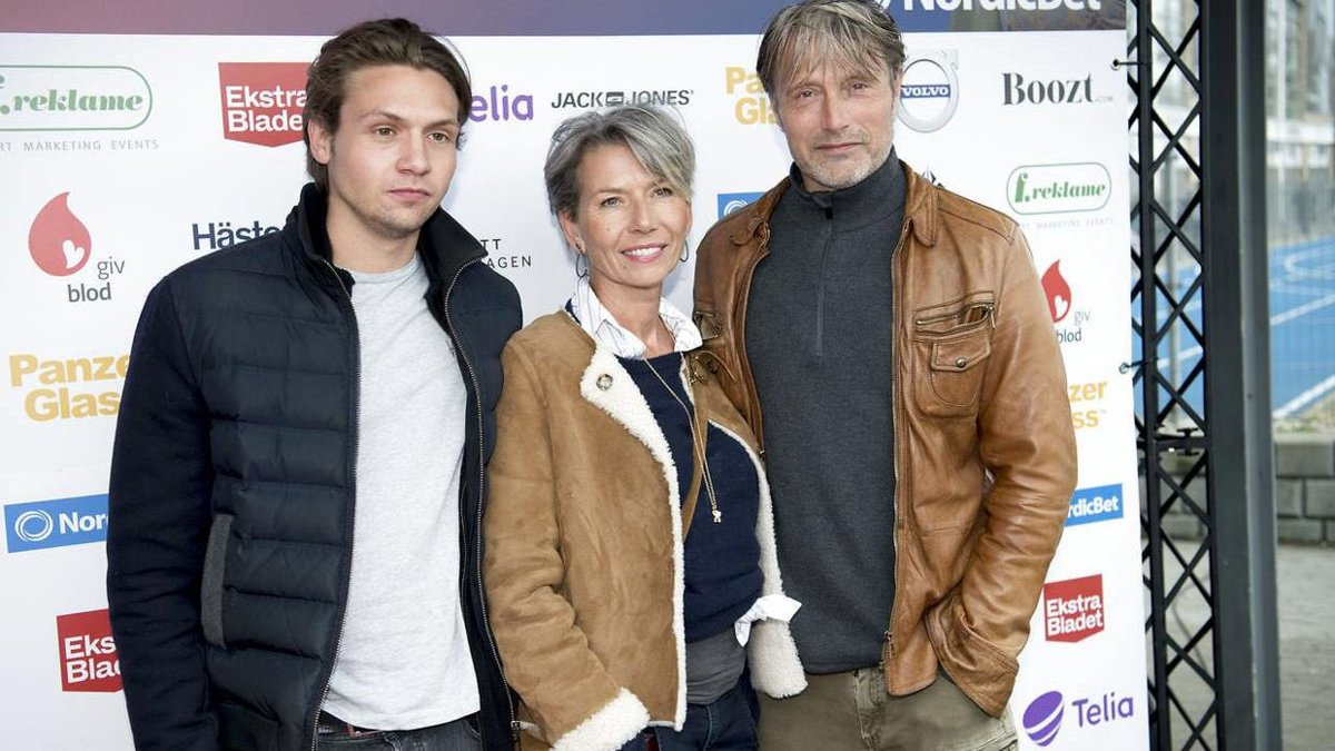 Mads Mikkelsen France News On Twitter Info Mads Spotted With His