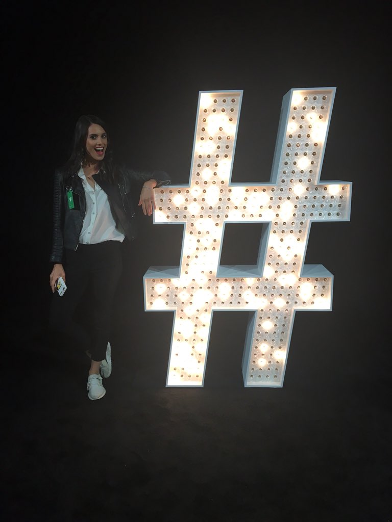 👋🏼 @Twitter! Excited for our very own @feministabulous to join tonight's #NewFronts line-up.