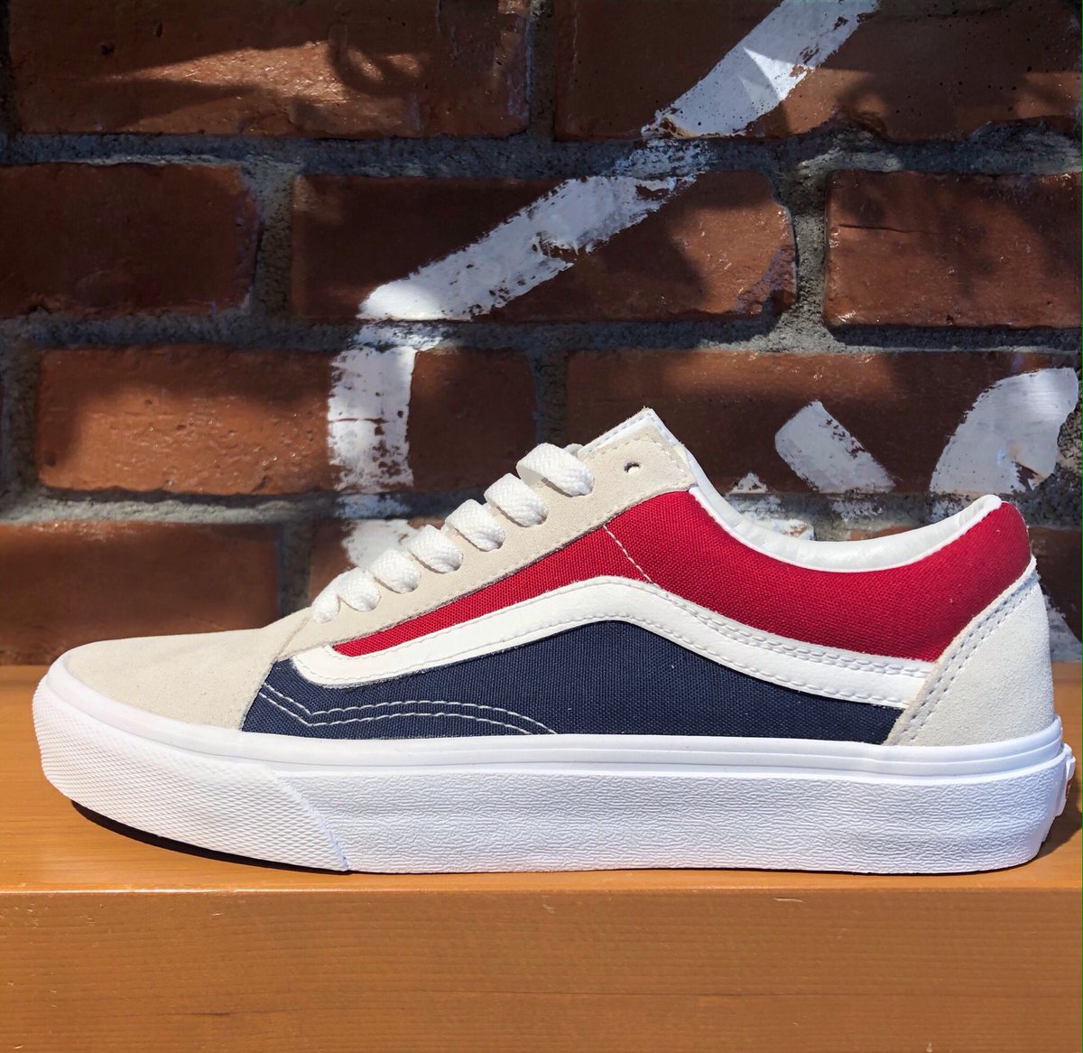 915c91a0be08b0 VANS JAPAN STORES on Twitter