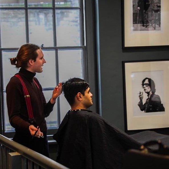 mens haircut chat room
