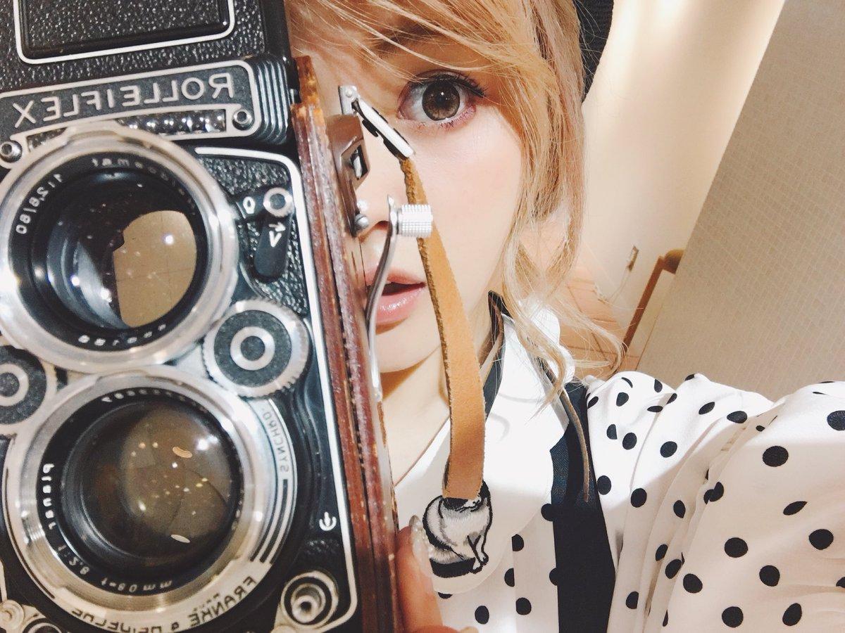 徳本夏恵カメラ