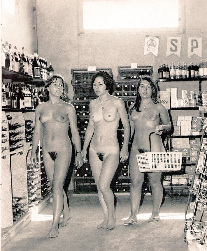 black-and-white-nudists-pictures-her-first-big-black-cock