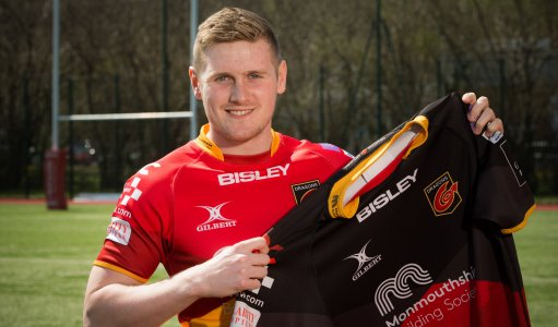 welsh rugby union on twitter dragons swoop for howells https
