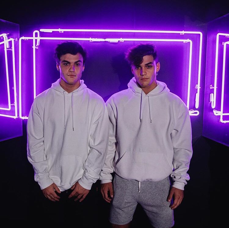 Dolan Twins Wallpapers Spam Account On Twitter They Are