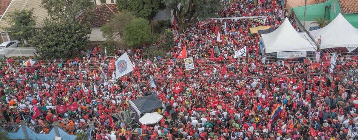 Curitiba Ajude : imagens Curitiba MComLula viu TV Tá cara