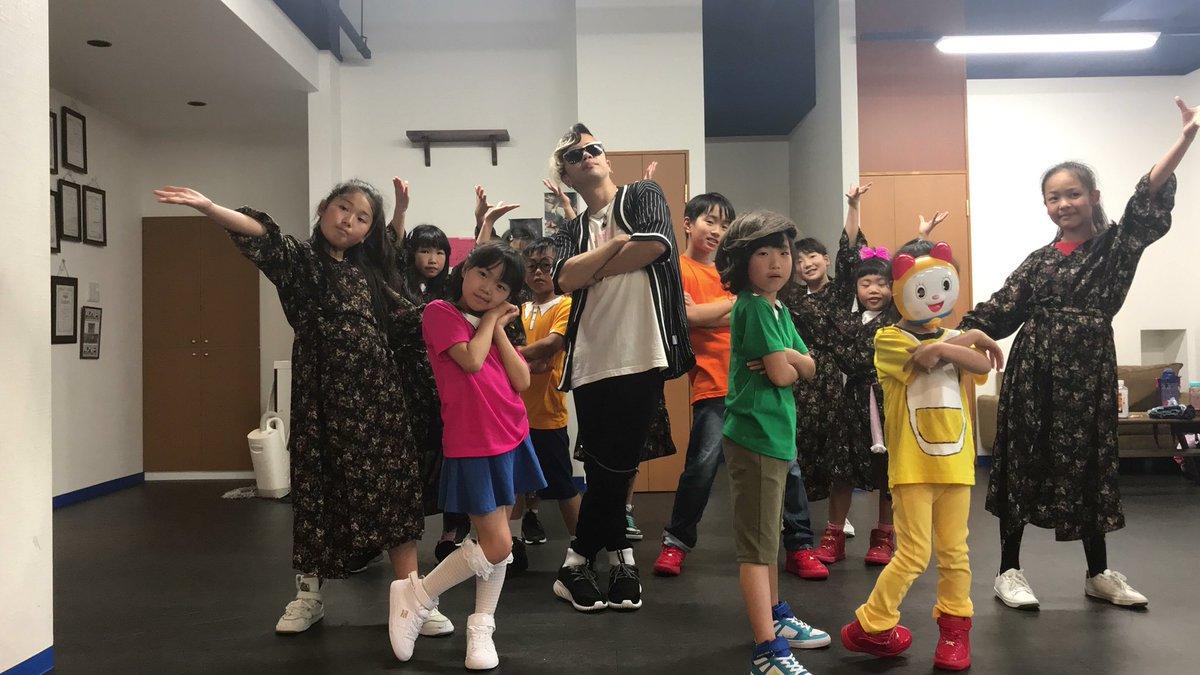 さあ!明日からGWイベント2連発でございます! 5.3 吹田メイシアター大ホール チャリティージャズコンサート 5.4 Emotion Rise  -Are you OK!!-  Samurai Supplyも面白かっこよく出演してきます!  #jazzconcert #gratejazzseries #Areyouok #emotionrise #渡梓 #moerado #dancer #Samuraisupply
