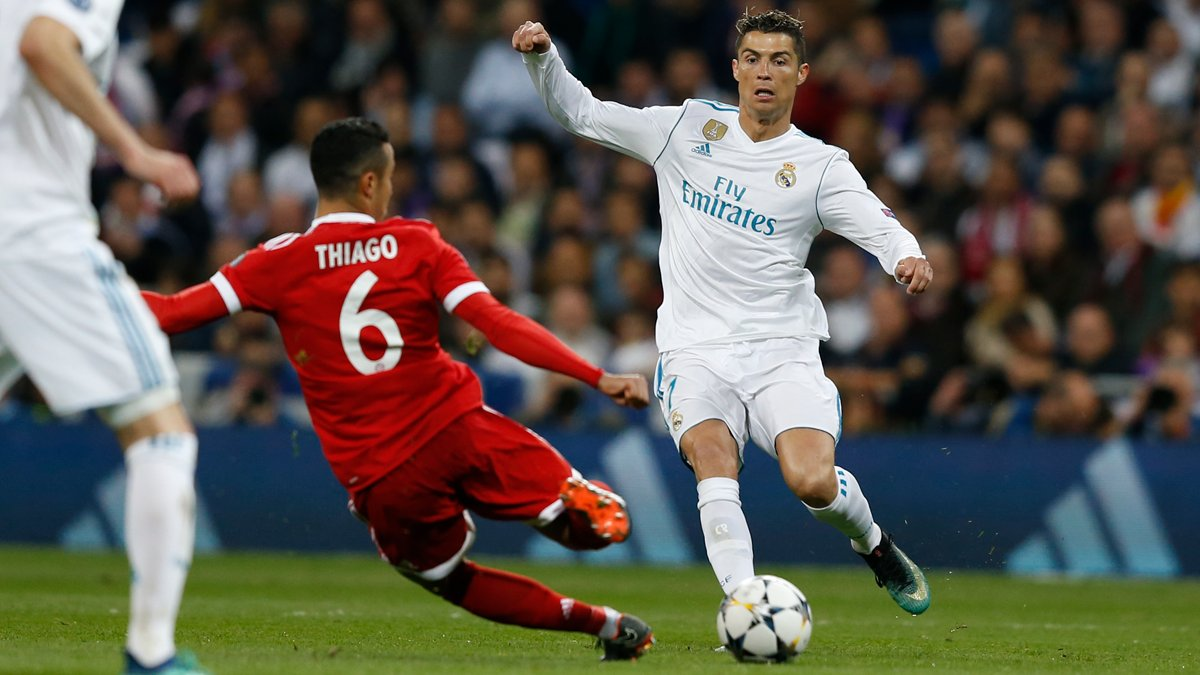 @Cristiano has made 100 Champions League appearances for #RealMadrid!  70 wins  105 goals #RMUCL | #HalaMadrid<br>http://pic.twitter.com/cMX1gdoVrY