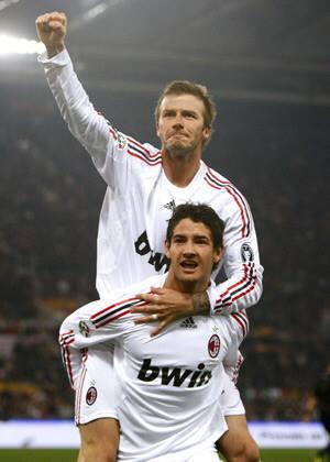 You my idol! You are my inspiration!!! You are my friend! Happy birthday bro    Meus parabéns David Beckham