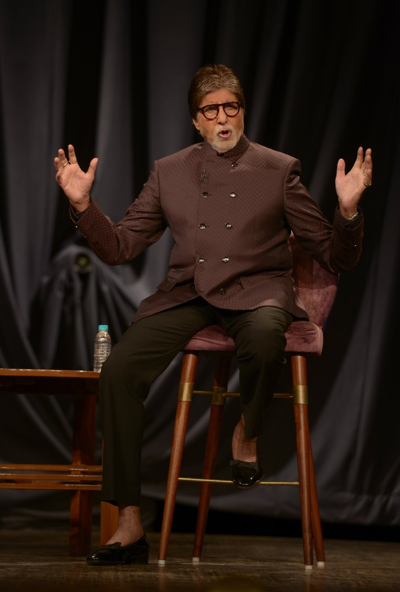 T 2793 - Jet Airways completes 25 years .. one of the first large  endeavours in the sphere of private airlines in the country .. innovative guest comforts, personalised care and my personal choice of travel .. all good wishes for the next 25 .. !