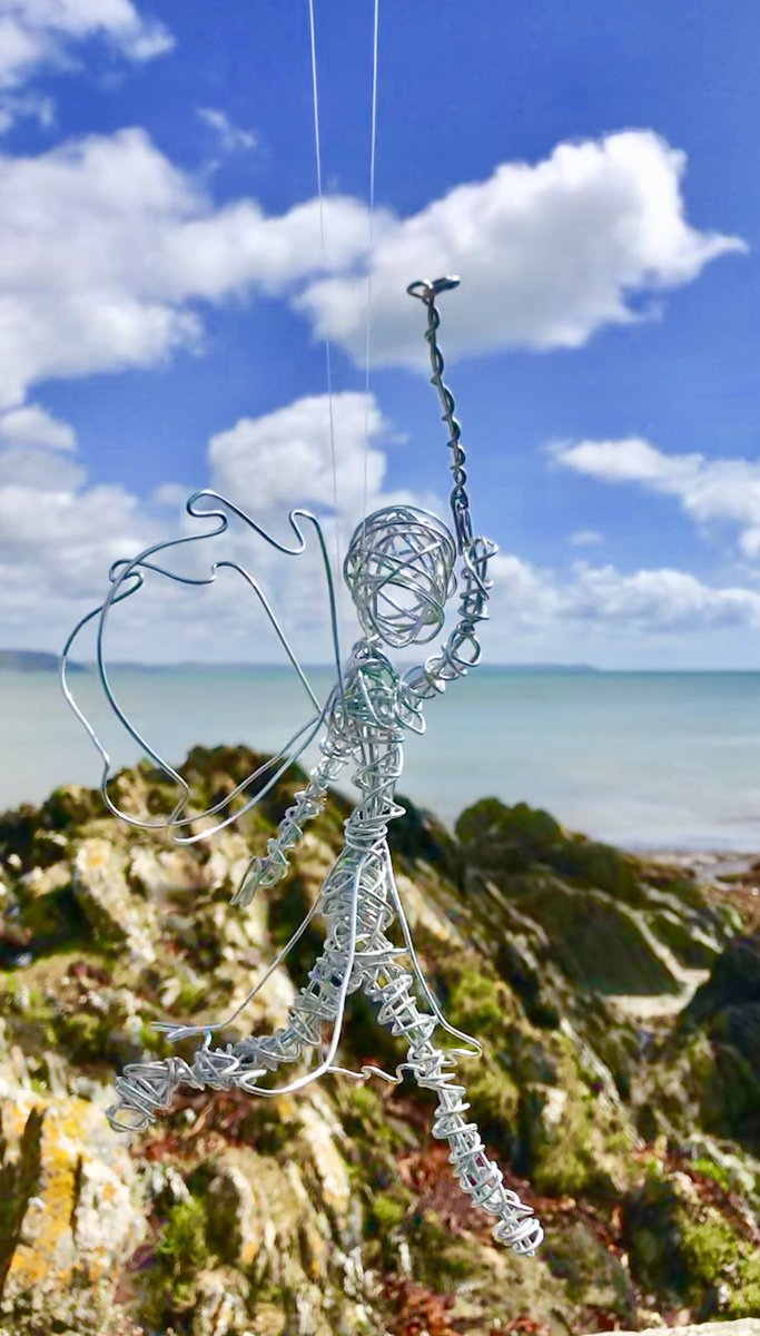 Twisted Wire Creations (@keal_mandi) | Twitter