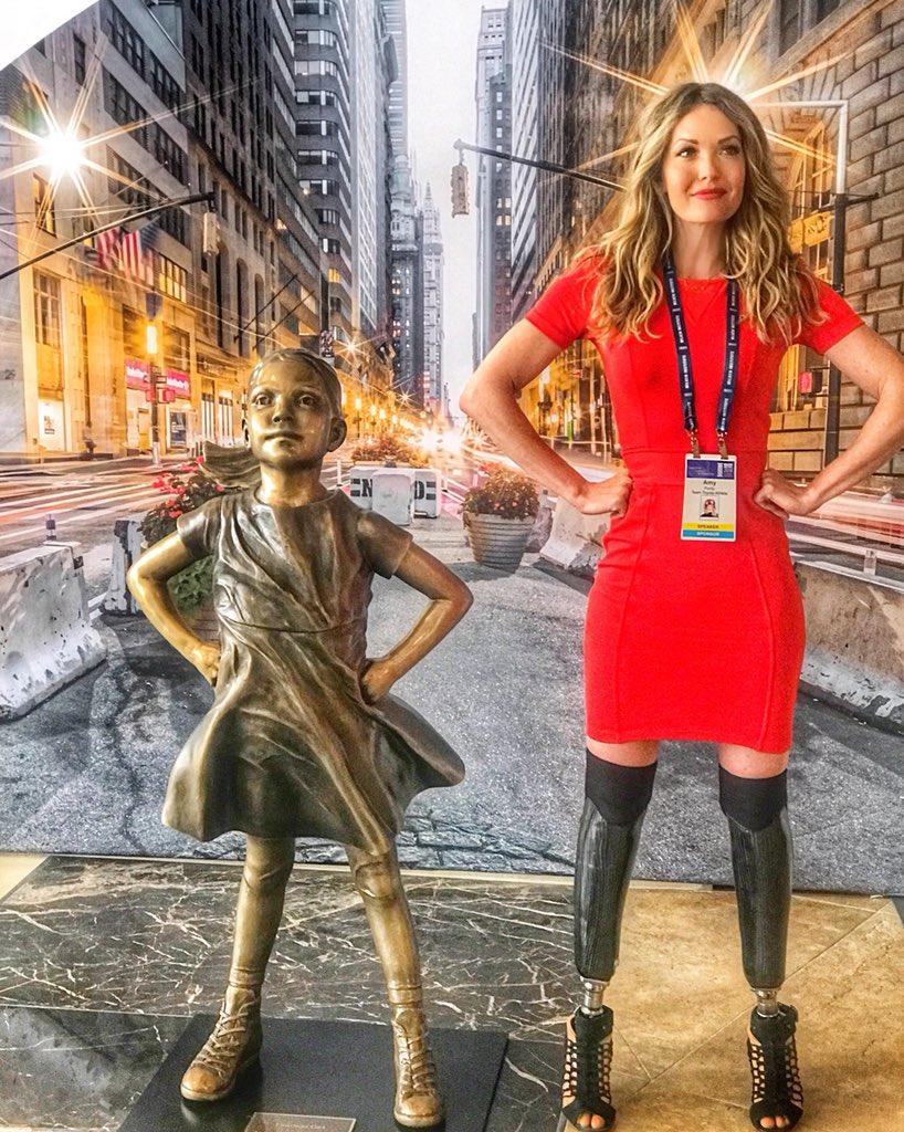 Fearless girl + Fearless Woman @MilkenInstitute @NYSE #MIglobal