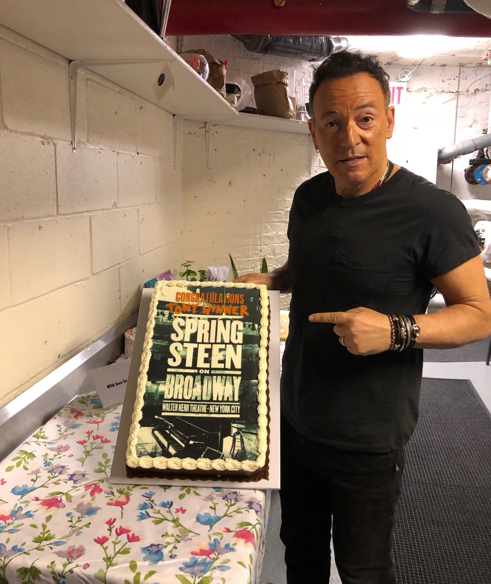 Magnificent Bruce Springsteen On Twitter And The Tony Award For Best Cake Funny Birthday Cards Online Bapapcheapnameinfo
