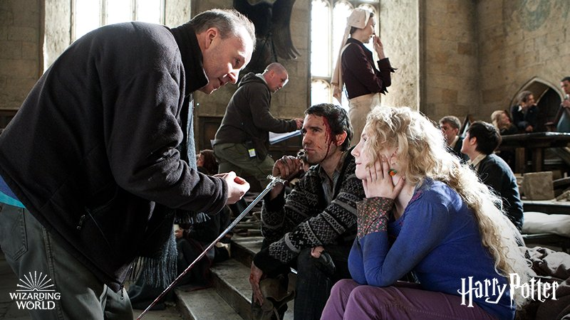 In between takes during Hogwarts' biggest battle. #TBT https://t.co/mHl5BTpVJF