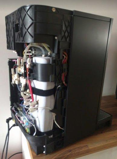 😱😱😱 Keine Panik, Die Ersatz-Maschine ist bereits auf dem Weg zu uns #kaffee #notfall https://t.co/RV1uUMhN19
