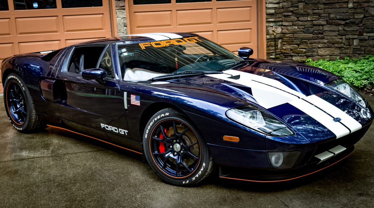 Luxury Cars Hq On Twitter Midnight Blue Ford Gt Full Luxury And Power Luxury Car Automotive Amazing