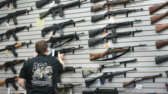 Dick's Sporting Goods hires lobbyists to urge Congress to take action on gun control https://t.co/vuEkJlltdT https://t.co/UMTSpVolPt