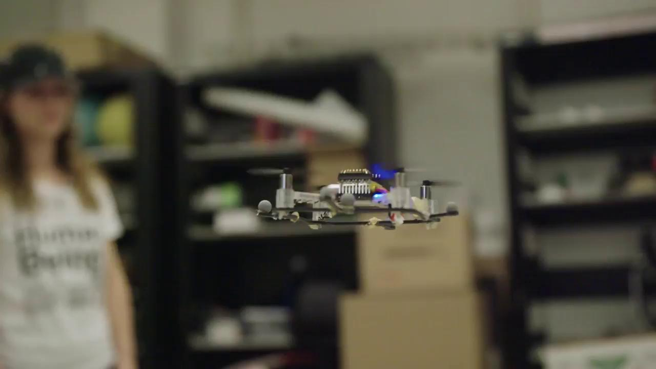 To make better robots, this lab is crashing tiny drones into people: https://t.co/kOMTsYiEiR https://t.co/NEEqBVQisr