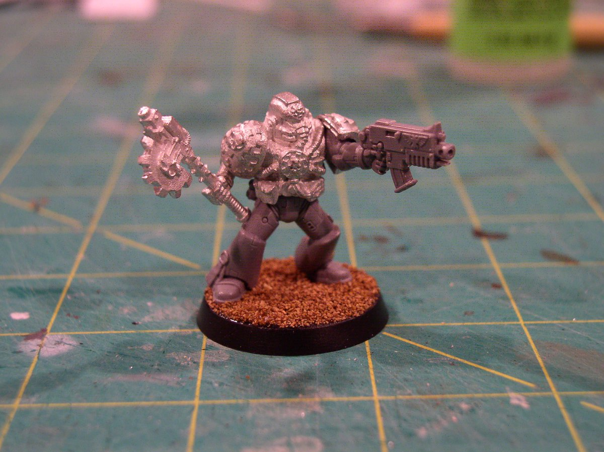 HobbyStreakDay30 Made A Techmarine To Keep The New Tanks In Tip Top Shape Just Gotta Kitbash Or Scratch Build Servo Arm For Him