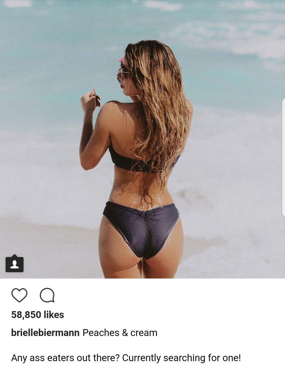 She wears oversized pantyhose