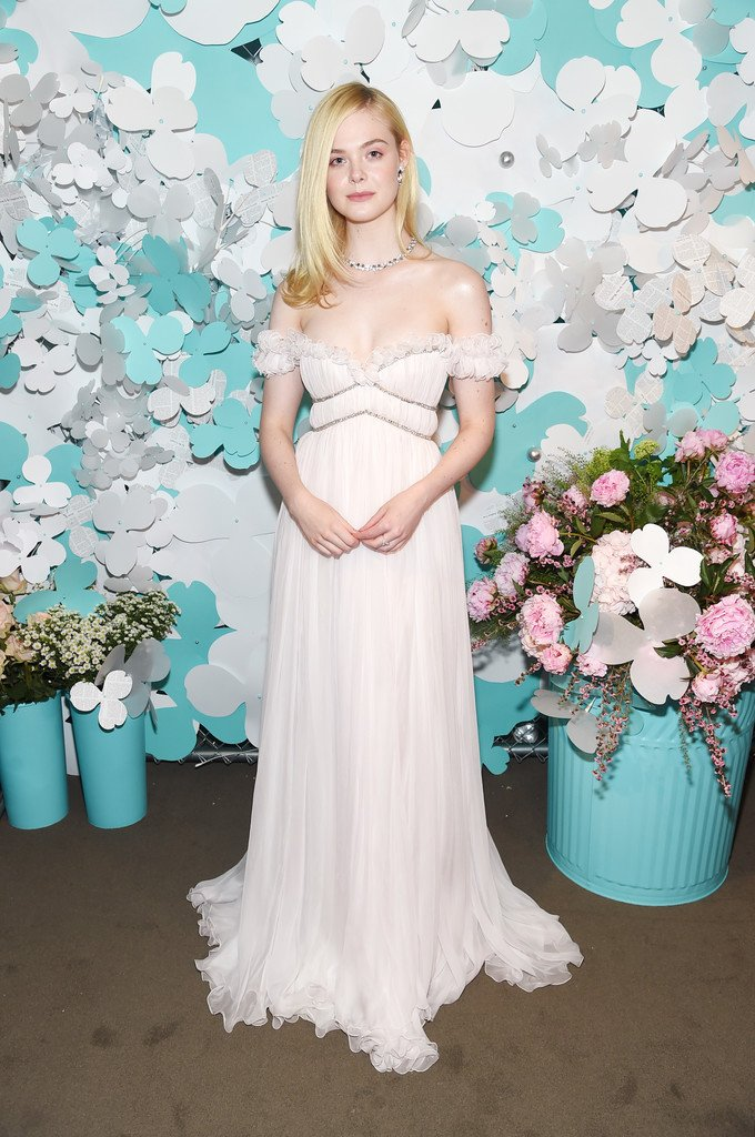 The fashion court on twitter elle fanning wore a paper flowers celebration in nyc shes also wearing tiffanyandco jewelry httpsinstagrampbiv92ysgo3x picittertknifqvgeq mightylinksfo