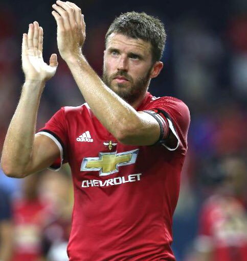 Who's been more underrated across their career? RT for Carrick???????????????????????????? LIKE for Milner????????????????????????????