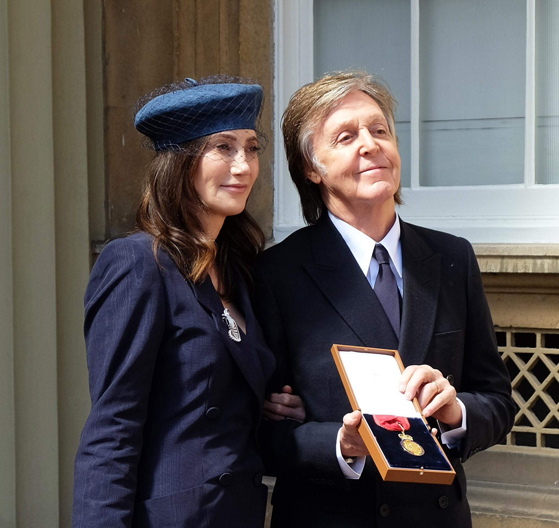 Reloaded twaddle – RT @RoyalFamily: Congratulations Sir @PaulMcCartney who has been made a #Compani...