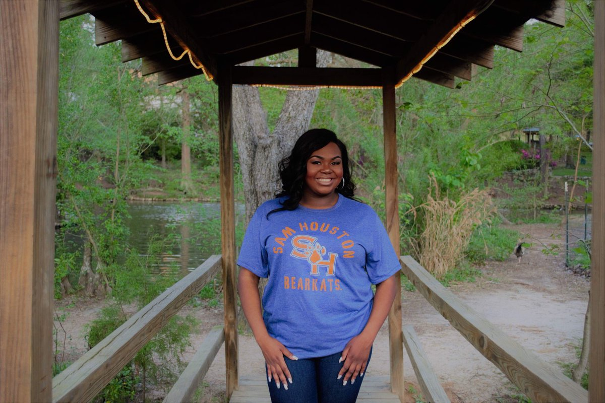 Only 8 more days till I'm a SHSU alumna! Thank ya Jesus! #shsu #may12th #futurecounselor <br>http://pic.twitter.com/Dp6jhM5dE3