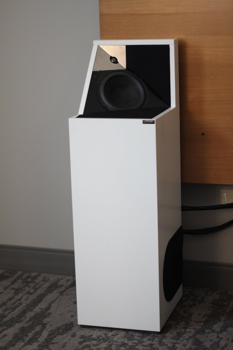 Hifishark Com A Twitteren Incredibly Room Filling Sound That Is What You Seem To Get From The Larsen Hifi 8 Loudspeakers At Axpona 2018 They Were Standing In The Corners Making Me Lose Save any hifi search on your hifishark.com profile to easily repeat it and even have an optional mail when new listings are found. twitter