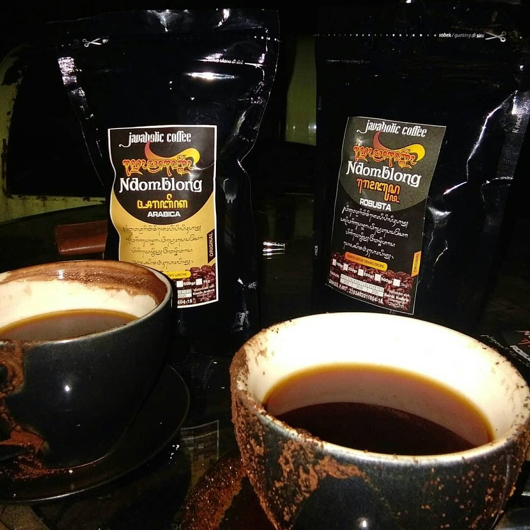 Arabika Specialty dan Robusta Untuk dua orang sahabat penikmat kopi pake Ampas di Daipilong @alasanyar kartosuro citarasa dari biji kopi pilihan memang beda .. #kedaikopialasanyar #kartosuro #soloraya #solo #surakarta #karesidenansolo #ngopisolo