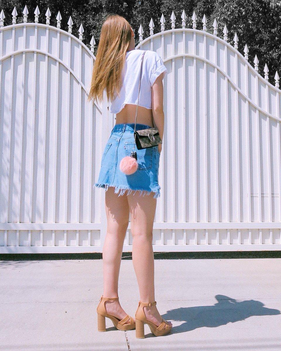 New outfit post: https://bit.ly/2rlKTFN  #guccibag #gucci #guccidionysus #fashoinblogger #stylist #styleblogger #styleincalipic.twitter.com/W5JHsFaDTK