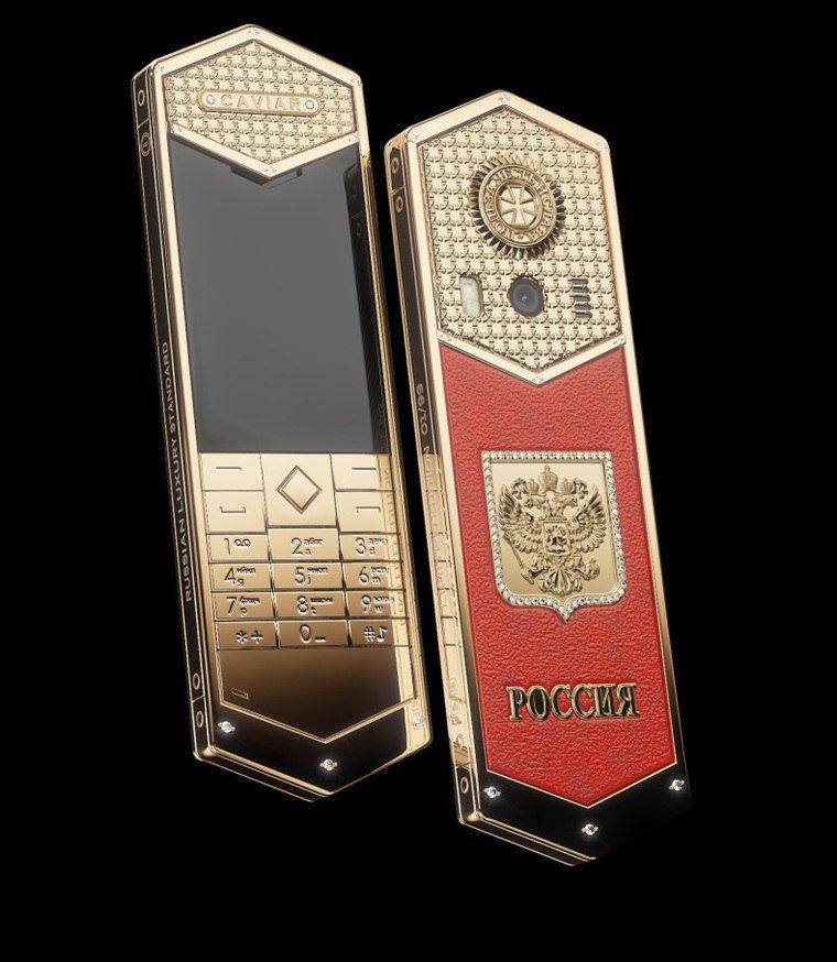 Điện thoại siêu sang giá 700 triệu mừng ông Putin nhậm chức có gì đặc biệt?