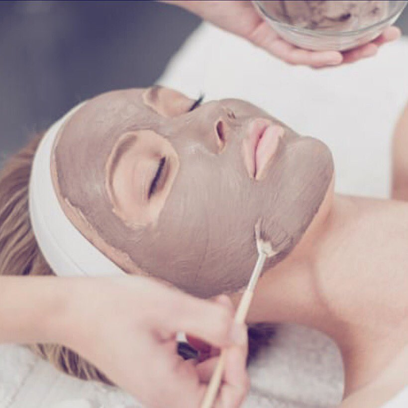 test Twitter Media - It's the weekend, which means time for some R & R! Why not treat yourself to an amazing European facial, or purchase one for Mother's Day and she gets a FREE hand peel!?! Call now at 407-881-3603 to schedule✨ #MothersDayGifts https://t.co/hYFncO47LB