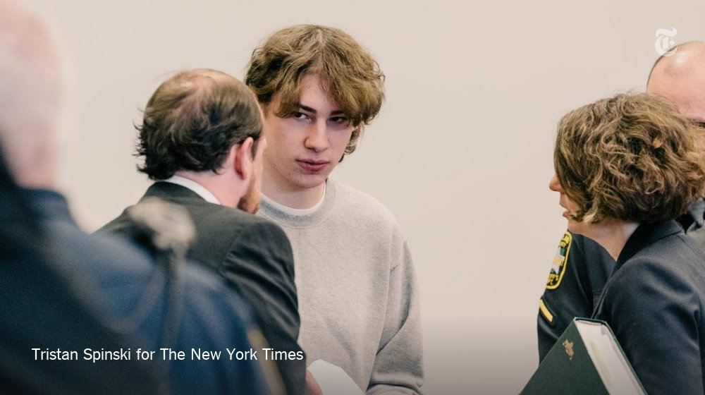 He wrote disturbing plans for a school shooting. But was that a crime? https://t.co/RsoQWakKft https://t.co/aJMjzA8Tod