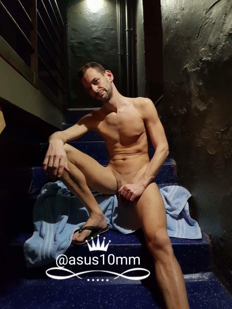 "Asus10Mm Gay Porn asus10 🔞 on twitter: ""meet me in the darkroom!➡️https://t"