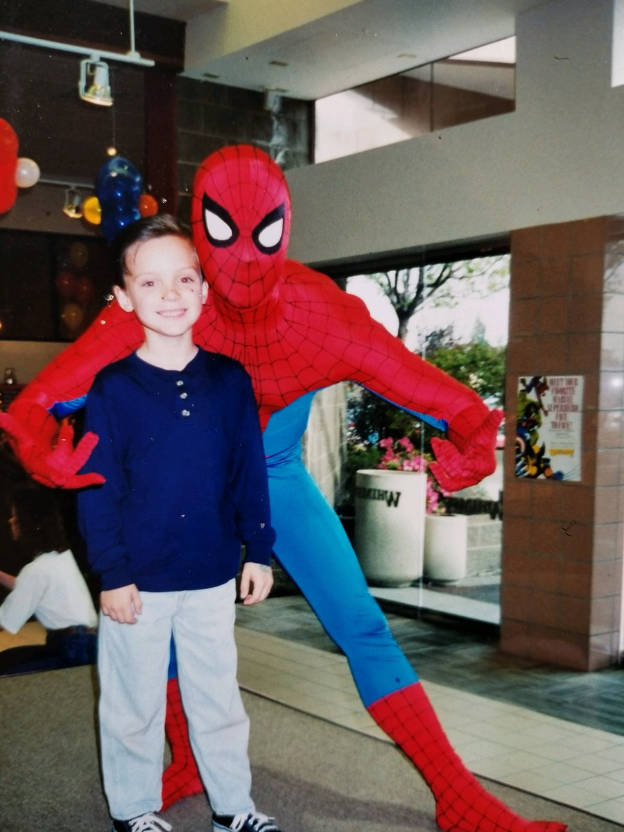 Pic of me and Tom Holland. https://t.co/HWHGy2ZiQg