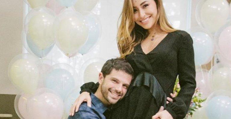 .@SabrinaSato e @DudaNagle revelam o sexo do primeiro filho --> https://t.co/87gCTg2163