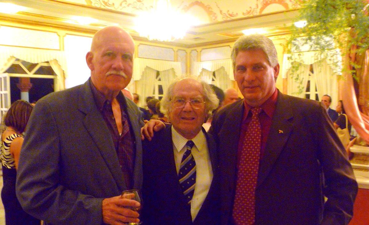 Premio Nobel Adolfo Pérez Esquivel felicita al Presidente cubano 019d5c527d7