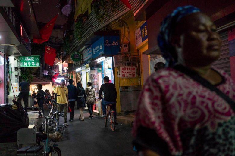 Crackdown shakes '#LittleAfrica' community in #Guangzhou https://t.co/wl1hQtIbnJ