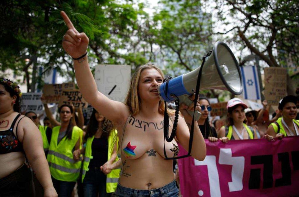 Проститутки в израили казашка проститутка сосет