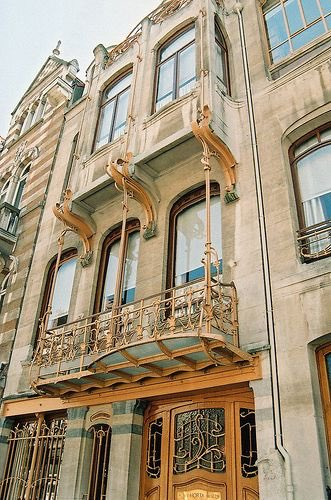 Sunday inspiration                 #VictorHorta beautifully created and crafted designs #Brussels<br>http://pic.twitter.com/sn813JFrvR