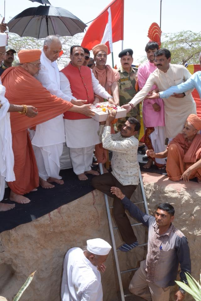 ભારત-પાક સરહદ નજીક બી.એસ.એફ.ના ભેળિયા બેટ પોસ્ટમાં 2 કરોડના ખર્ચે ભવ્ય હનુમાન મંદિરનું નિર્માણ કરાશે