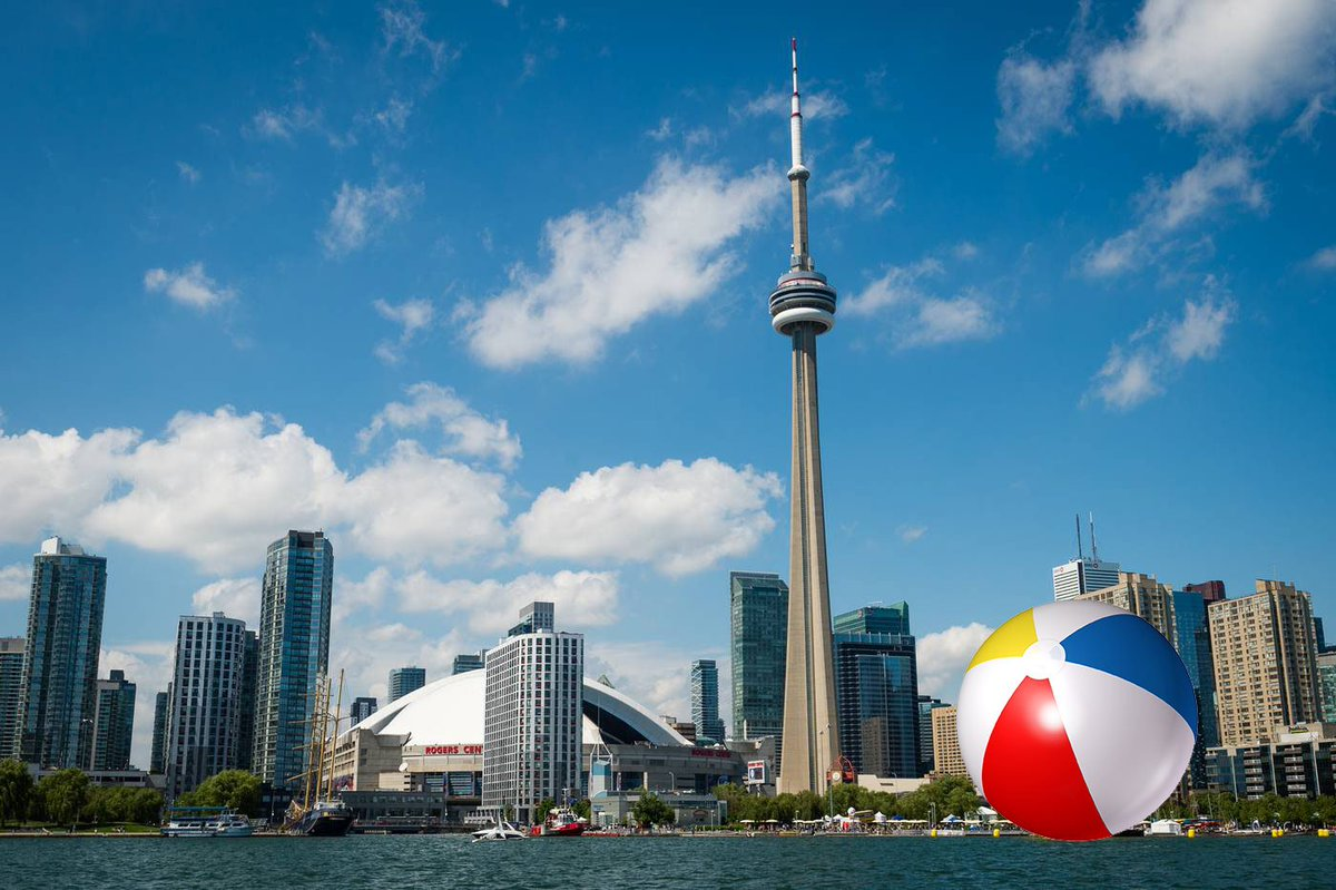 Four amateur photographers weigh in on what makes toronto beautiful