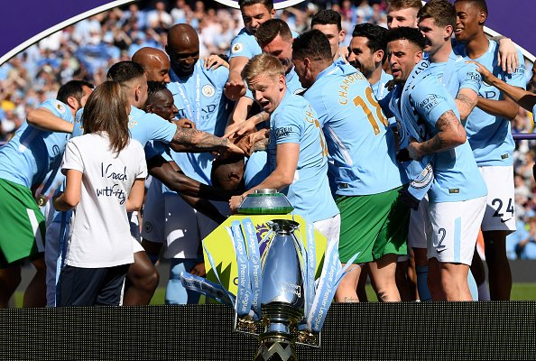 Does anyone knows a place that repairs trophies? Asking for a friend. 🙈😂#Mancity #champions @ManCity